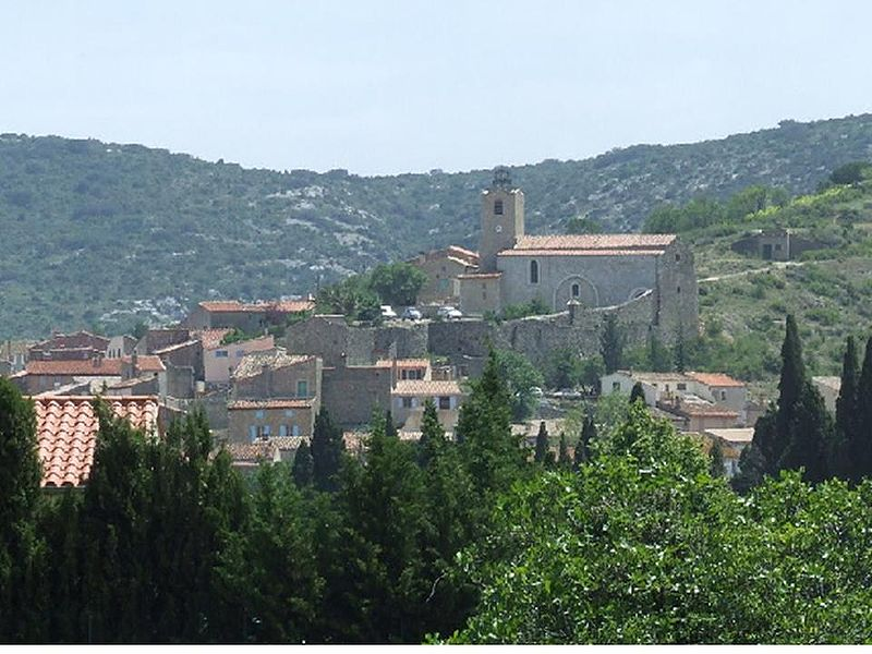 Paziols: le village