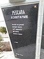 Pescara Monumenti ai Caduti del mare 2005 by-RaBoe 02.jpg