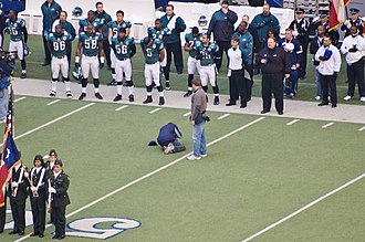 2007 Dallas Cowboys season - Image: Philadelphia Eagles sideline during pregame flag ceremony