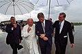 Photograph of President William J. Clinton Talking with Pope John Paul II on the Tarmac at Stapleton International Airport in Denver, Colorado - NARA - 3164807.jpg