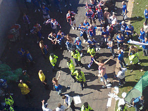 2008 UEFA Cup Final - Police split Zenit and Rangers fans