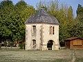 Pigeonnier de la base de loisir du Batardeau (Mirande, Gers, France) (2).JPG