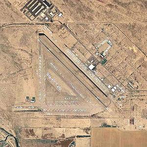 Pinal Airpark - Image: Pinal Airpark 2006 Topo