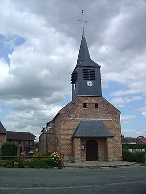 Pisseleu church - 2011-06-24.jpg