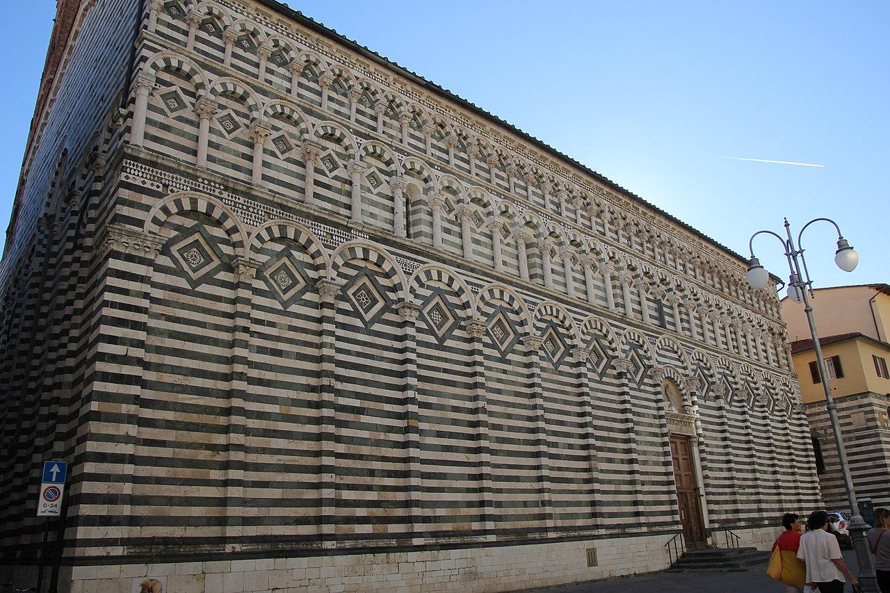 Pistoia, chiesa di San Giovanni Fuorcivitas (03).jpg