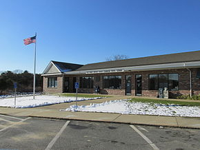 Post Office, West Chatham MA.jpg