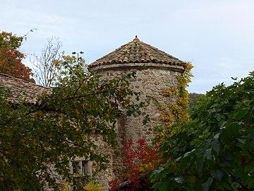 Prades, Ardèche, France. Chateau de Montseveny 02.jpg
