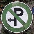 Privates Parkverbotsschild in Grün, 1.jpeg