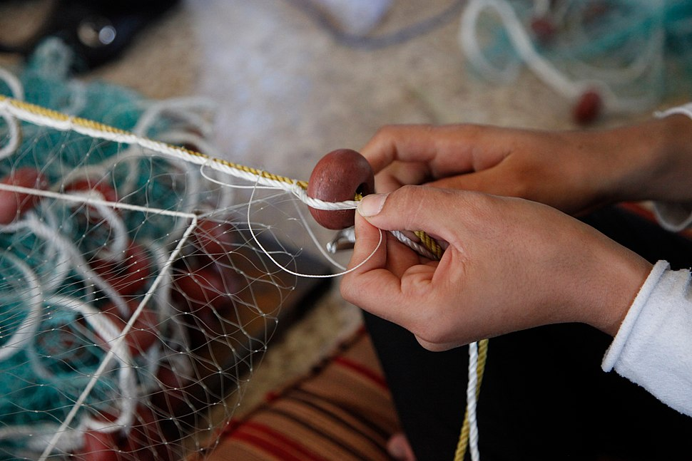 Providing a safety 'net' for Syrian women in Lebanon (11173910046)