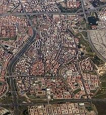Puente de Vallecas - Aerial photograph (color, contrast, tone) (cropped) Moratalaz.jpg
