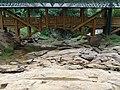 Puente sobre Fuente del Lavapatas, Parque Arqueológico de San Agustín.JPG