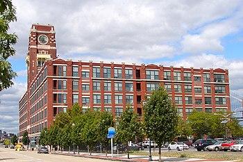 English: Building 17, RCA Victor Company, Camd...