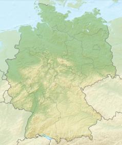 """Mapa konturowa Niemiec, po prawej nieco u góry znajduje się owalna plamka nieco zaostrzona i wystająca na lewo w swoim dolnym rogu z opisem """"Schwielochsee"""""""