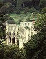 Rievaulx Abbey ruins - geograph.org.uk - 253748.jpg