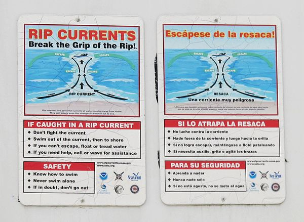 Rip current warning signs posted in English and Spanish at Mission Beach, San Diego, California Rip current warning signs at Mission Beach.JPG