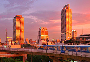1986 in architecture - Robot Building, Bangkok, as seen from Silom Road