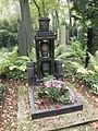 Rodina Jezkova (hrob, Olsany).jpg