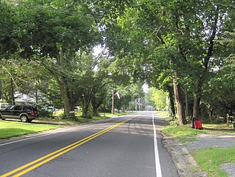 Roosevelt, New Jersey - Rochdale Avenue through Roosevelt
