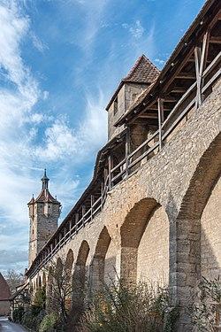 Rothenburg ob der Tauber, Stadtbefestiigung, Klingentorturm, Stadtmauer, Fürbringerturm-20160108-001.jpg