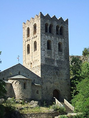 11th century in architecture - Image: Saint Martin du Canigou 01