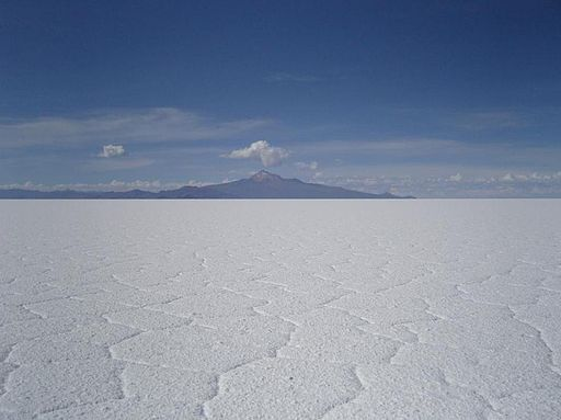 Salar de Uyuni, Volcan Thunupa