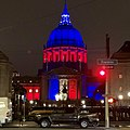 San Francisco City Hall showing solidarity with Paris after Notre Dame fire (46903417934).jpg