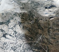 Satellite image of Belarus in December 2002.jpg
