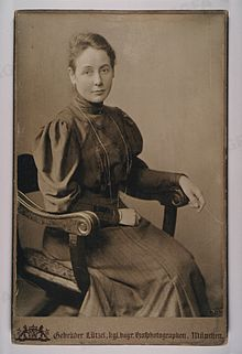 His wife, Hildegard Veit b.  Süskínd from Rösselsberg