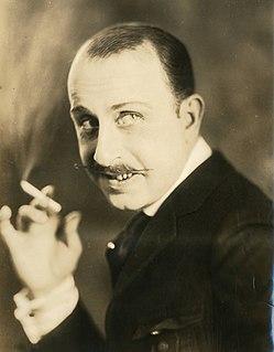 Stuart Holmes American actor (1884–1971)