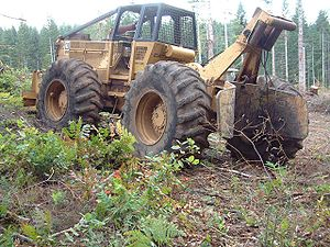 Skidder -  Caterpillar 528 cable skidder in Apiary, Oregon.