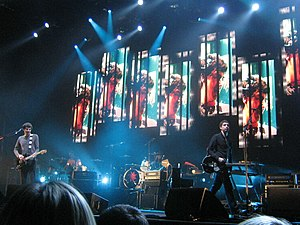 Taking Back the Cities Tour - Snow Patrol at the Sheffield Arena on 4 March 2009. The columns of video screens can be seen behind the band.