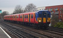 South West Trains 455 912, Raynes Park Station (11894153144).jpg