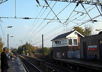 Tottenham - South Tottenham railway station (November 2005)