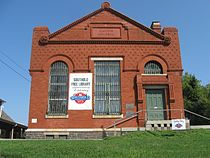 Southold Free Library facade (view from Main Street).jpg