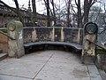 Střelecký ostrov, most Legií, kamenná lavice na schodišti.jpg