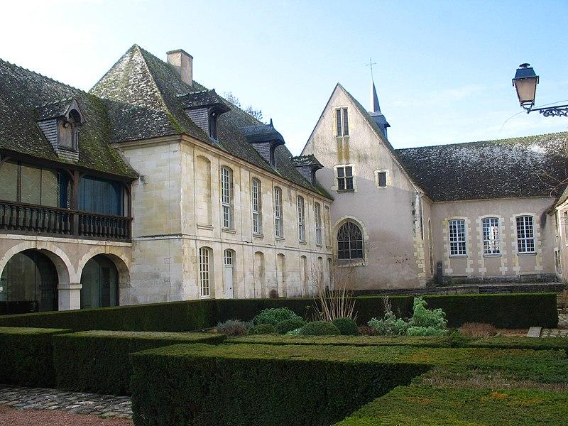 Musée de l'Hospice Saint-Roch à Issoudun (36).