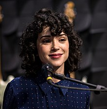 St Vincent 2017 (crop).jpg
