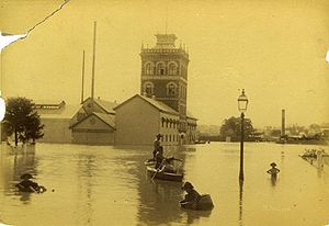 West End, Queensland - Flood waters surround the West End Brewery in 1890