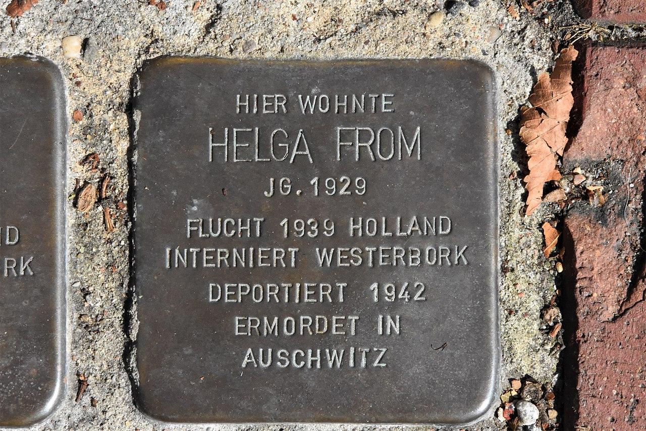 Stolperstein für Helga From