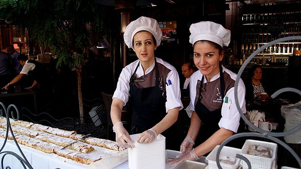 Strudel day in Yerevan, 2016 (3).jpg