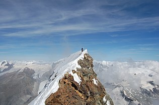 Summit of the Matterhorn.jpg