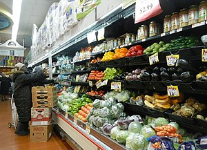 Food and water in New York City - Inside a supermarket in East Harlem
