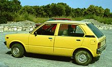 Suzuki Alto 1982 Crete with Subaru competitor i.jpg