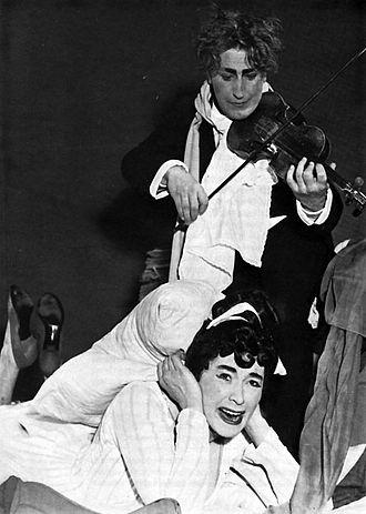 "Orpheus in the Underworld - ""Ah ! quel supplice"". Sven Erik Vikström (Orpheus) and Elisabeth Söderström (Eurydice), Stockholm, 1955."