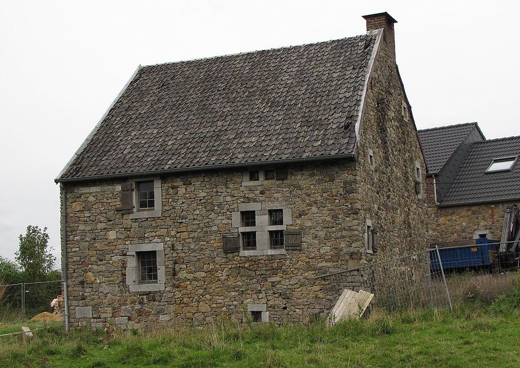 File thimister maison ancienne crawhez wikimedia commons for Photos maisons anciennes