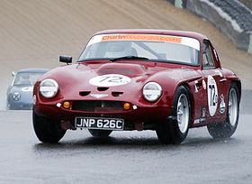 TVR Griffith 200 at Brands Hatch.jpg
