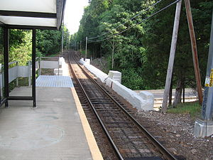 New Canaan Branch - Image: Talmadge Hill Station Bridge Over Merritt Pkwy 2007