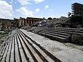 Temple of Jupiter, Baalbek 28156.JPG