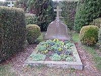 Tombe de Jacques et Raïssa Maritain.jpg