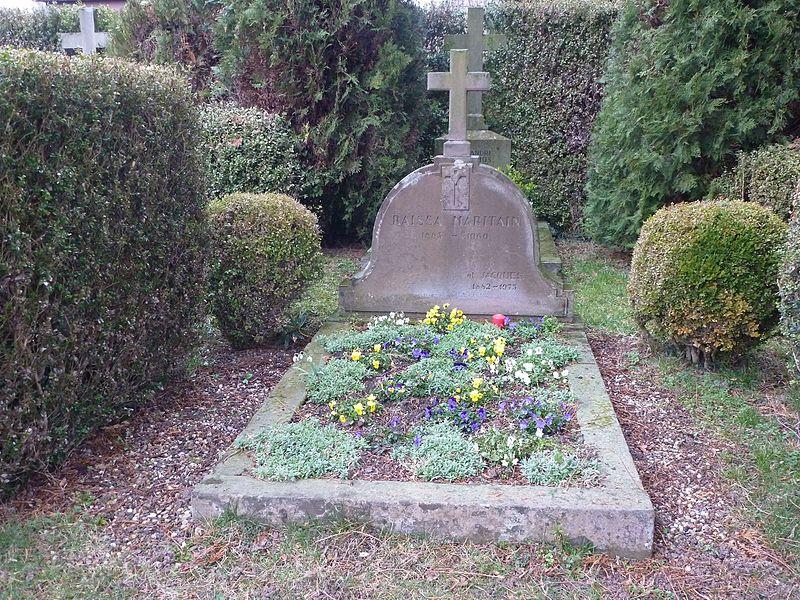 File:Tombe de Jacques et Raïssa Maritain.jpg